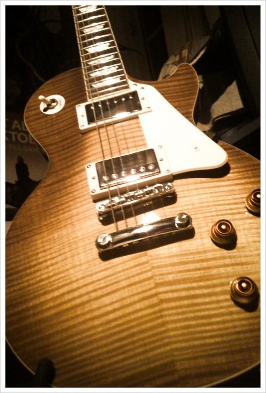Ny gitarr. Epiphone